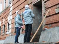 Активисты ОНФ закрыли доступ в опасную баню в центре Великого Новгорода