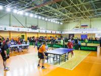 Фото: более сотни спортсменов-инвалидов соревнуются на турнире по настольному теннису в Новгороде