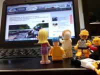 Фотофакт: лего-человечек лишился чувств, увидев публикацию в «53 новостях»