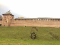Фотофакт: под стенами Новгородского кремля осыпалось земляное основание