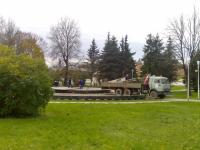 Фотофакт: В Великом Новгороде закрывают Ганзейский фонтан
