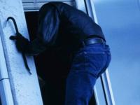 Ночной разбойник с лестницей предстанет перед новгородским судом за десятки преступлений