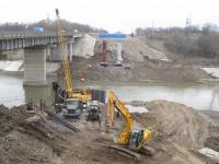 Трудинспекция: погибший на строительстве моста для М-11 сварщик работал без страховочного стропа