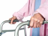 В 2018 году новгородские инвалиды получат сертификаты на средства реабилитации