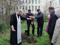 Возле Покровского собора собираются установить памятник погибшим полицейским