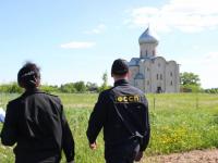 Застройки в благодатном месте у церкви Спаса на Нередице пресекли новгородские приставы