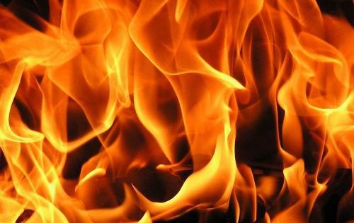 В Новгородском районе менее чем за 20 минут сгорела баня