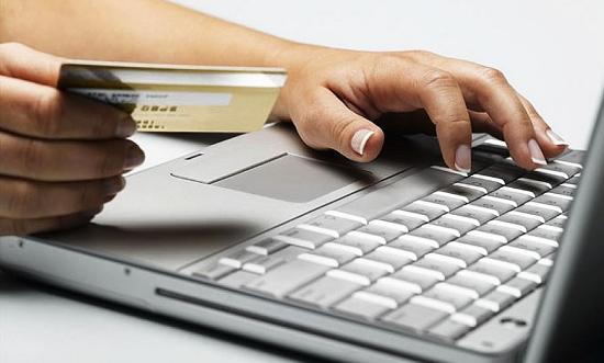 «Разблокировка» банковских карт двух новгородок обошлась им в 170 тыс. рублей