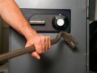 Банду похитителей сейфов поймали с поличным: подробности пестовского дела