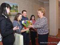 Елена Писарева поздравила мам в отдаленных районах Новгородской области