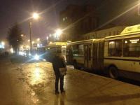 Фото: центральная улица Великого Новгорода собрала огромную вереницу автобусов