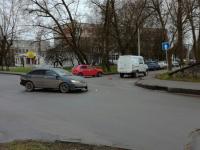Фотофакт: на перекрестке в Великом Новгороде «Газель» «Ростелекома» попала в ДТП