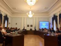 Главный «АнтиДилер» страны предложил новгородским предпринимателям заключить джентльменский договор