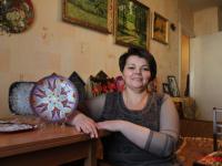 Мастерица из Боровичей Светлана Минина признана одним из лучших соцработников России
