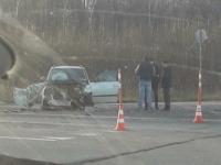 На дороге в Новгородском районе пострадала женщина после столкновения с КамАЗом