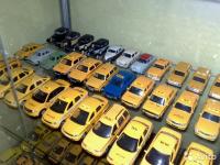 Новгородец готов обменять уникальную коллекцию моделей такси на настоящий автомобиль