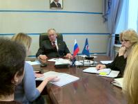 Новгородки пришли к Сергею Митину с надеждой на решение «кальянного вопроса» в их доме
