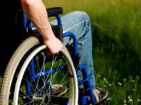 Новгородских инвалидов-колясочников обеспечат необходимыми техническими средствами