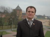 Новый депутат Думы Великого Новгорода признался, что его нашли в капусте