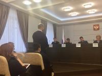 Представители Шимской и Мошенской ЦРБ объявили о скорых выплатах долгожданных зарплат