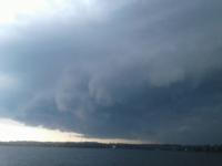 Штормовое предупреждение! В Великом Новгороде и по области ожидается сильный ветер