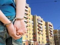 В Боровичах мужчина оставил женщину без квартиры