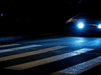 В Великом Новгороде разыскивают водителя, сбившего женщину на улице Кочетова