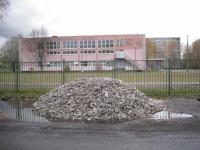 В Великом Новгороде у жителей многоквартирного дома украли 12 тонн камней