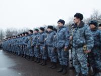 Фото: отряд новгородской полиции из Северного Кавказа торжественно встретили на главной площади