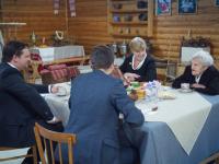 Андрей Никитин поблагодарил жительниц города Пестово за наведение порядка в городе