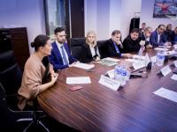 Новгородская область поделилась в Москве опытом помощи кинематографистам