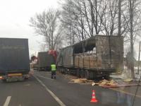 В Крестецком районе – снова крупное ДТП с фурами: есть пострадавшие