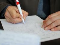 В Малой Вишере родители собирают подписи против перевода начальной школы в «нехорошее место»