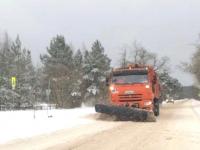 В Новгородской области усилили работу по расчистке дорог от снега