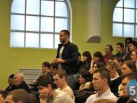 Андрей Никитин и студенты НовГУ встретятся в «Диалоге на равных»