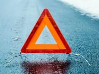 Водитель грузовика погиб в кювете на трассе в Крестецком районе