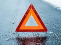 Женщину зажало в машине после ДТП в Маловишерском районе