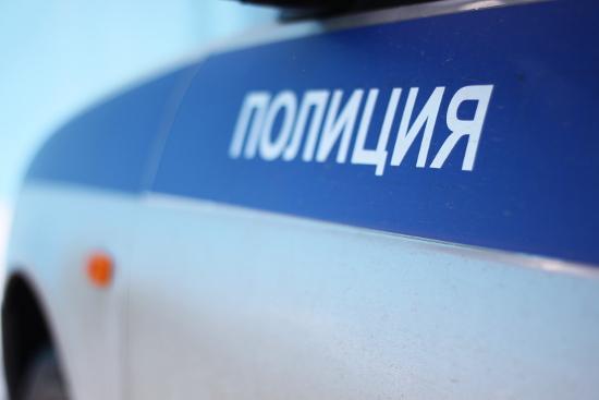 В Новгородской области разыскивают трех водителей и одного угонщика