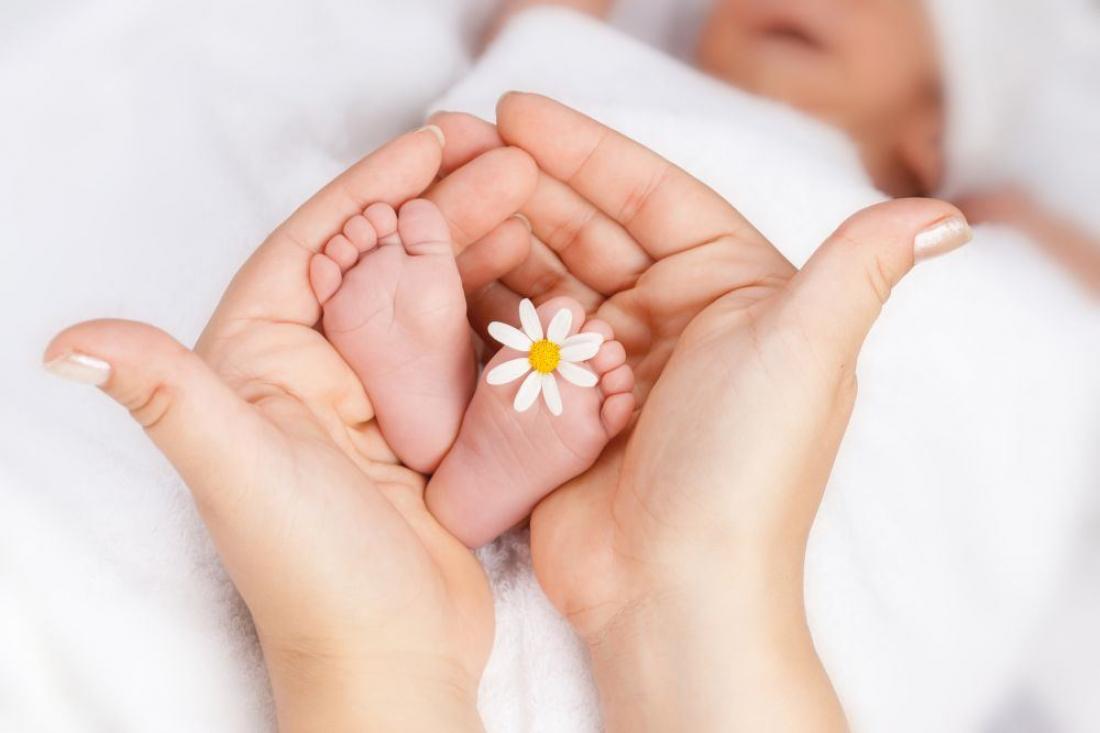 Орех, рождения ребенка фото открытка