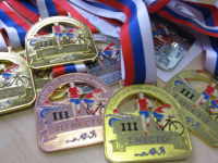 Боровичские триатлонисты готовы побеждать, продвигая местные бренды. Предприниматели, отзовитесь!