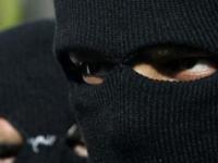 Новгородский суд вынес приговор двум разбойникам в масках. Их сообщников не нашли
