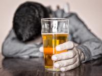Статистики подсчитали, сколько алкоголя выпивает в течение года житель Новгородской области. Вы удивитесь