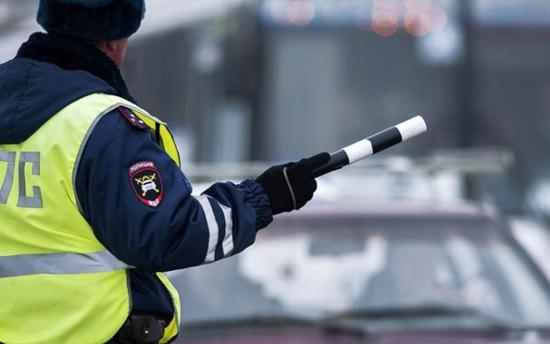 Двое водителей разъезжали по Великому Новгороду, приняв наркотики