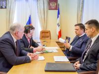 Андрей Никитин попросил жителей Старой Руссы о народном контроле