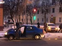 ДТП в Великом Новгороде: перекресток улиц Предтеченской и Людогоща