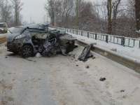 Фото: сегодня под Великим Новгородом погибла молодая женщина-водитель