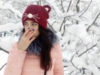 К шапочной акции присоединяется очаровательная  и талантливая новгородская выпускница Настя