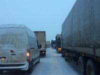 Семь автомобилей собрались в двух авариях в Новгородском районе