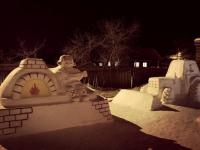 Снежные скульпторы Рябовы из Боровичей представили свое новое творение