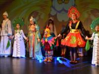 В Демянске сшили сотни карнавальных костюмов